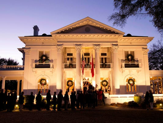 636475560585388053-Governors-Mansion-Christmas.jpg