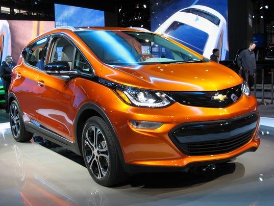 636312178681279766-2017-Chevrolet-Bolt-EV2.jpg