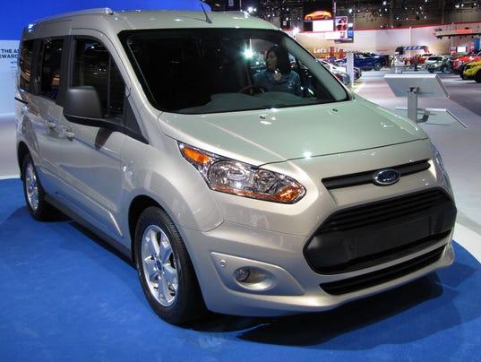 636465999735566992-2017-Ford-Transit-Connect-cargo-vanpassenger-wagon.JPG