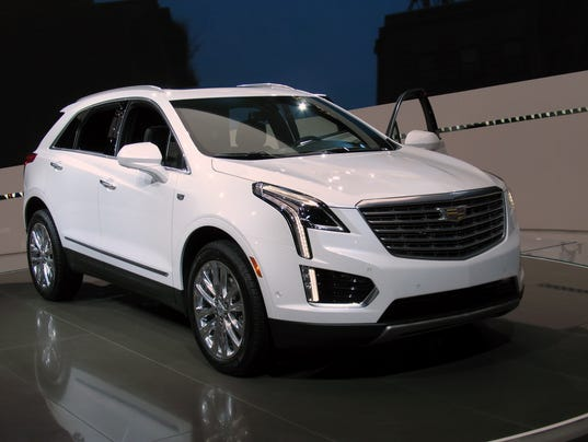 2017 cadillac crossover xt5 first of new series. Black Bedroom Furniture Sets. Home Design Ideas