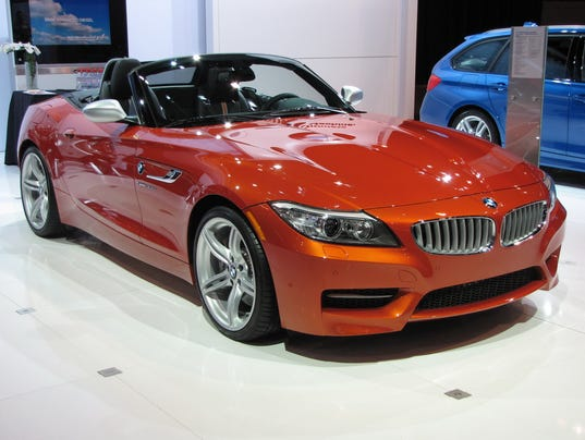 2017 bmw z4 roadster is both classic contemporary. Black Bedroom Furniture Sets. Home Design Ideas