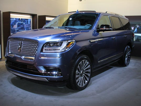 auto review 2018 lincoln navigator suv indulgent luxurious. Black Bedroom Furniture Sets. Home Design Ideas
