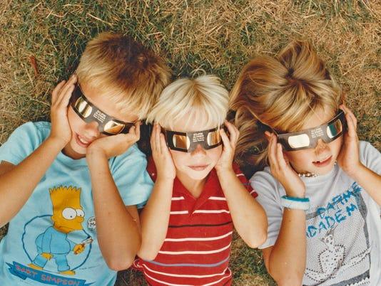 636385639560798184-1991-eclipse.jpg
