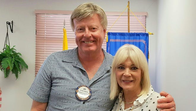 President elect Joe Heidrick and the new Rotary Club president Suzanne Kavanah.