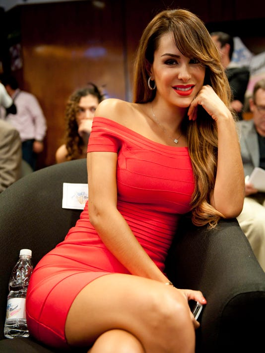 Ninel conde height
