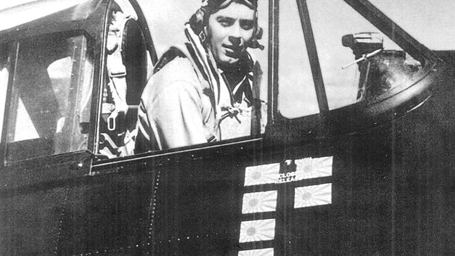 Navy Lt. Bruce Williams of Salem earned fighter ace status during World War II, shooting down seven enemy planes in the South Pacific in 1944.