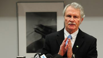 Kitzhaber first governor to be investigated by AG