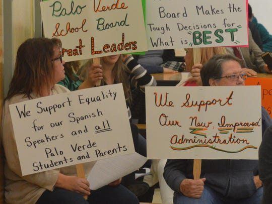 Palo Verde teachers show support for board members