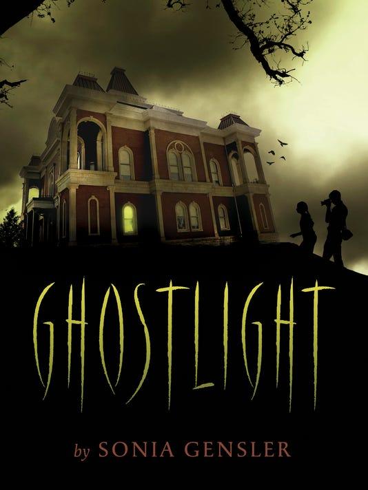 635793910528016070-ghostlight-press