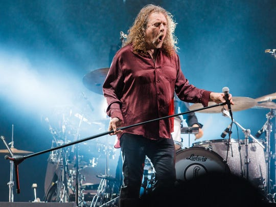 Robert Plant performs during 2015 Lollapalooza Brazil at Autodromo de Interlagos in Sao Paulo, Brazil.