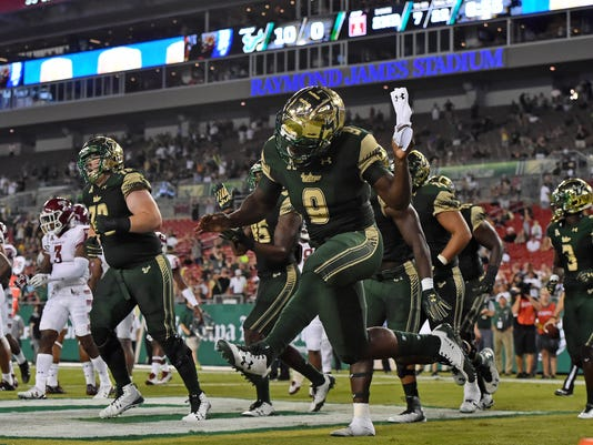 NCAA Football: Temple at South Florida