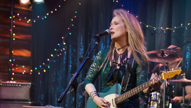Meryl Streep plays a convincing musician, but not an interesting one