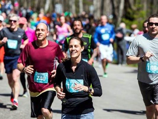 636434896546590063-dc-marathon.jpg