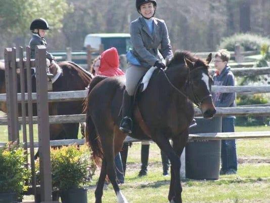 -HorseShow.jpg_20140414.jpg