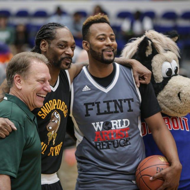 Tom Izzo, Snoop Dogg among celebs at Flint Hoop 4 water