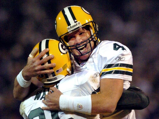 Packers quarterback Brett Favre celebrates with tight