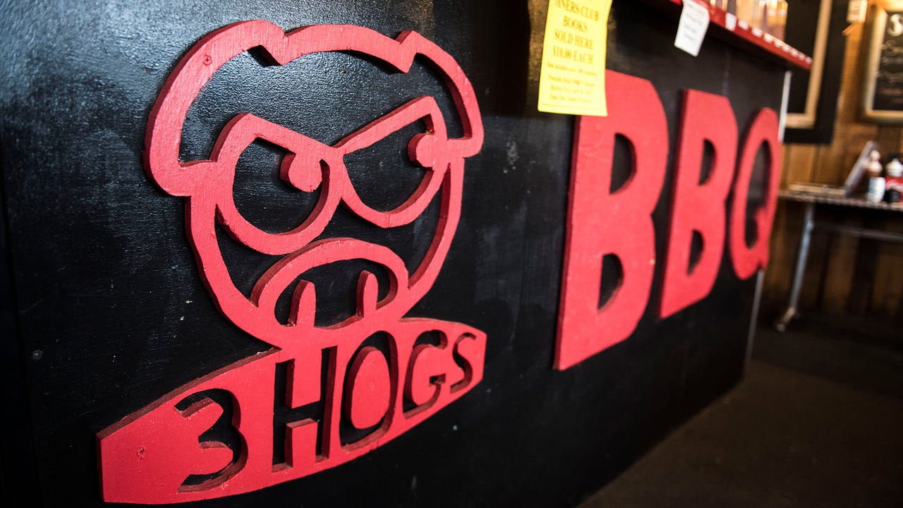 On Sunday, Matt Albright and Allen Kuhn, co-owners of 3 Hogs BBQ, announced their expansion to Spring Grove.