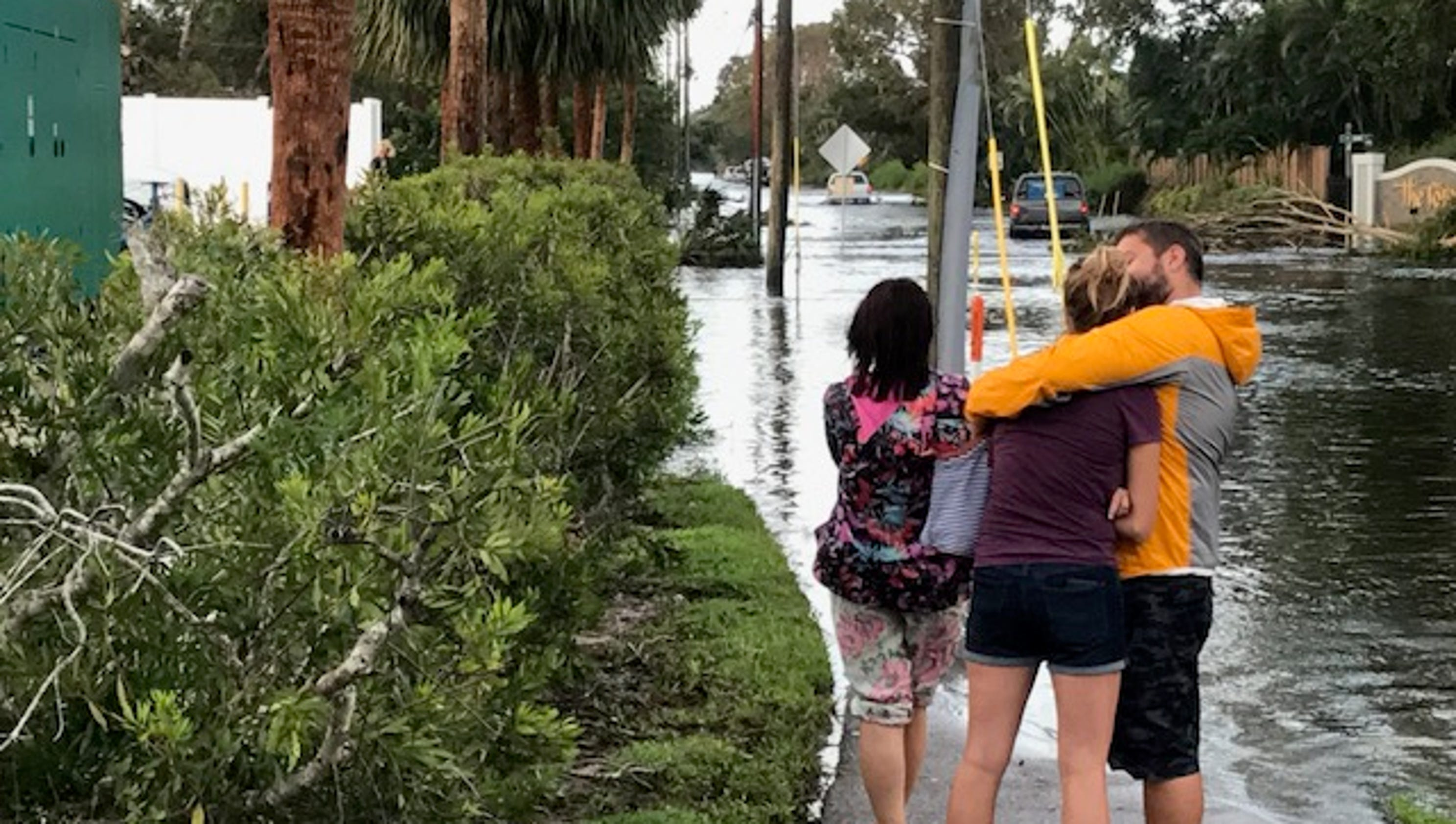 hurricane irma aftermath: island park community under water again