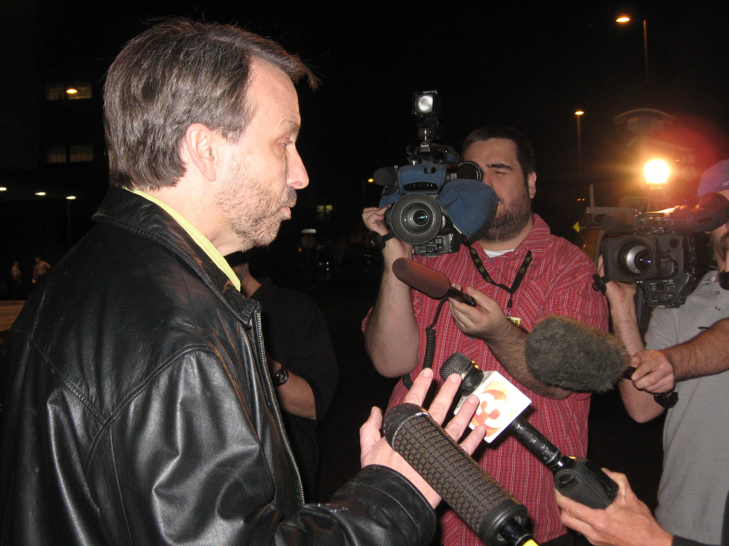 Phoenix New Times Editor Rick Barrs addresses the media outside the Fourth Avenue Jail in 2007 after the weekly's publishers, Mike Lacey and Jim Larkin, were detained by sheriff's deputies. No charges were filed.