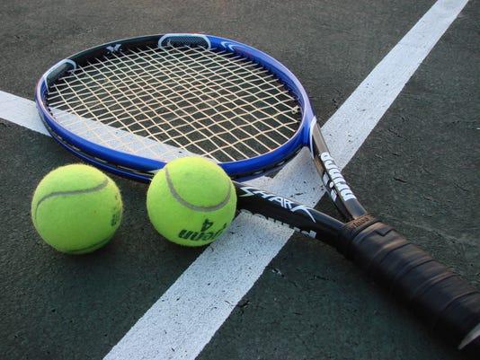 635785032816958676-tennis
