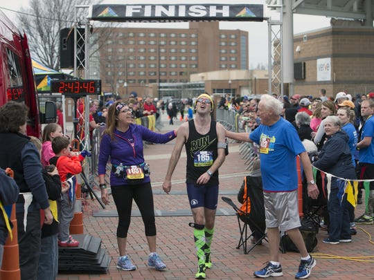 Thomas Wells, 27, from Milwaukee, won the full marathon, 26.2 miles, in 2 hours, 43 minutes, 44 seconds on Sunday.
