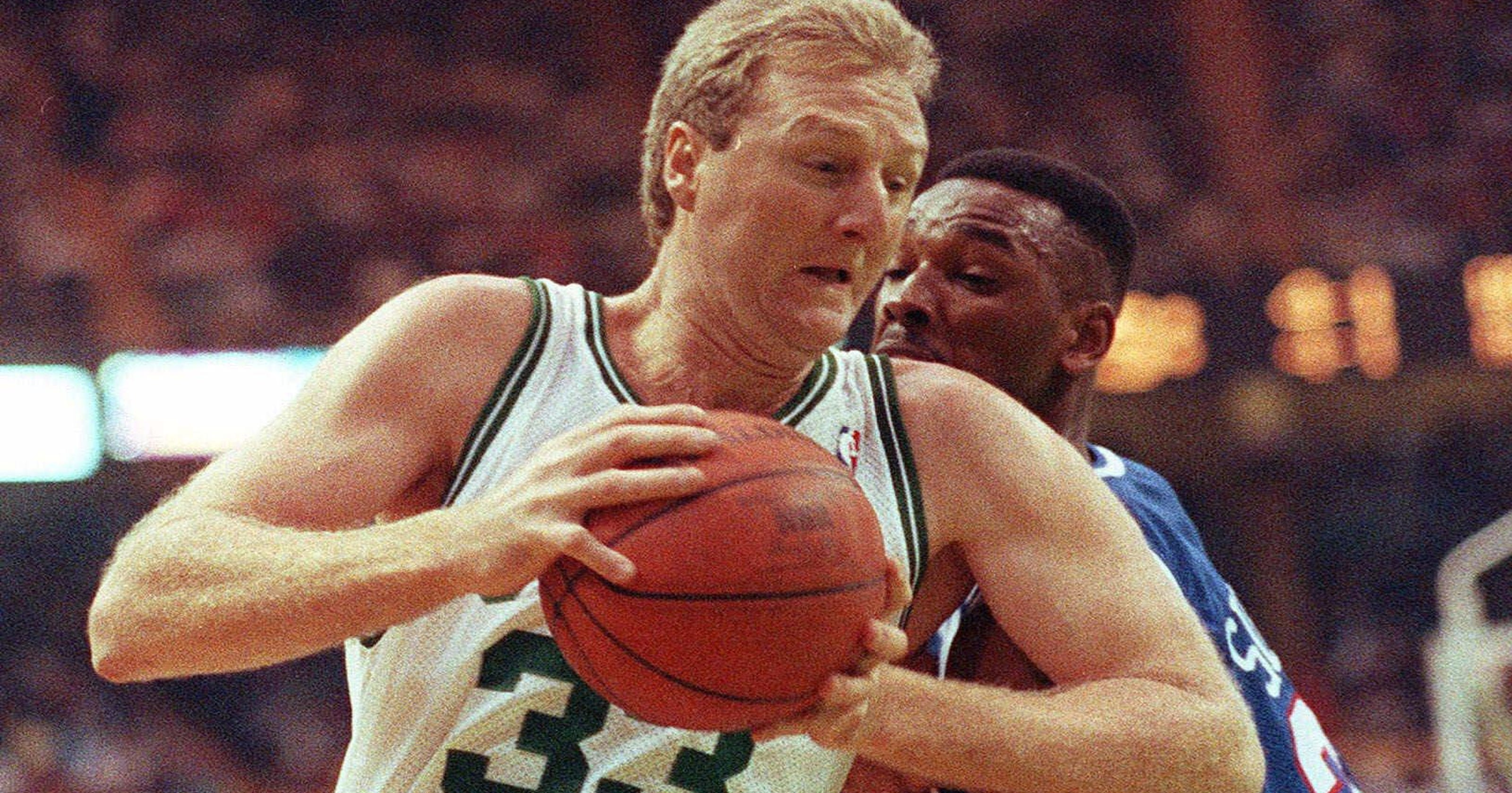 Larry Bird dazzled us 32 years ago by scoring 47 points — with his left hand 6c027f9a4
