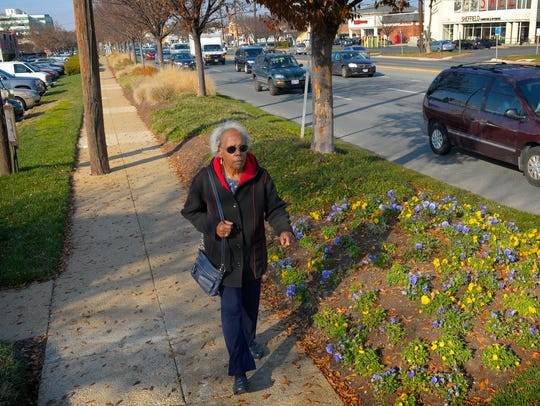 Norma Hanna heads home to Silver Spring, MD from a