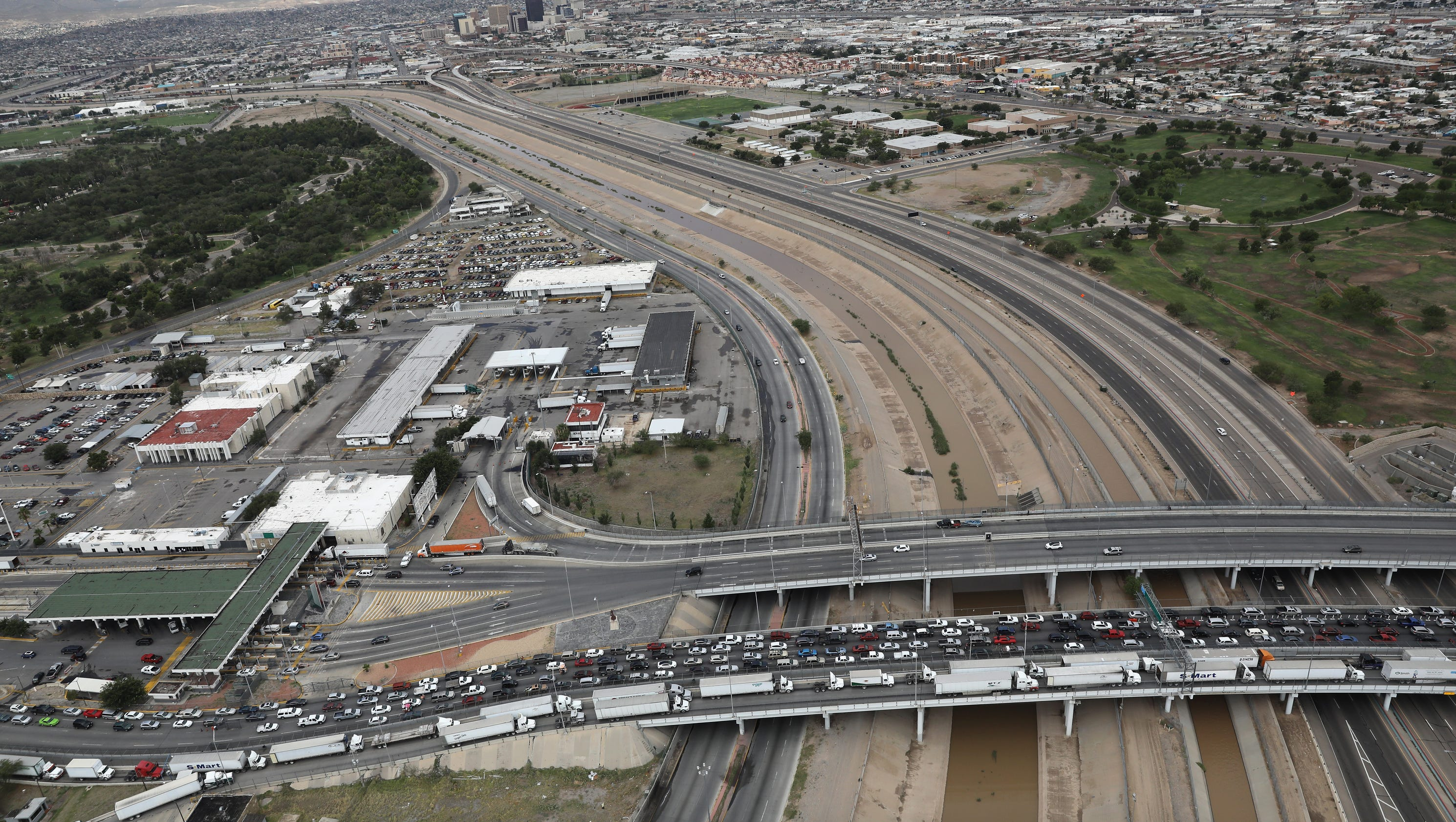 Border Patrol Agent From El Paso Dies From Injuries While