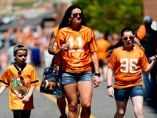 Fans arrive during the Tennessee Volunteers Orange