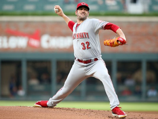 MLB: Cincinnati Reds at Atlanta Braves