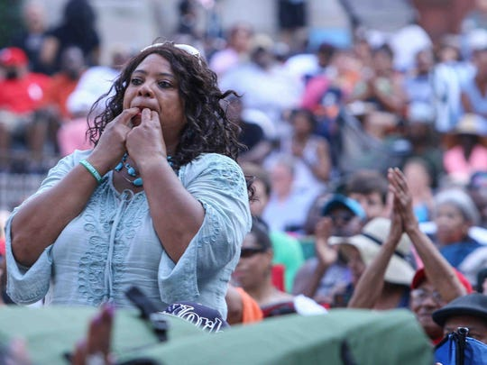 The 2015 DuPont Clifford Brown Jazz Festival drew an enthusiastic crowd to Rodney Square in Wilmington, Delaware.