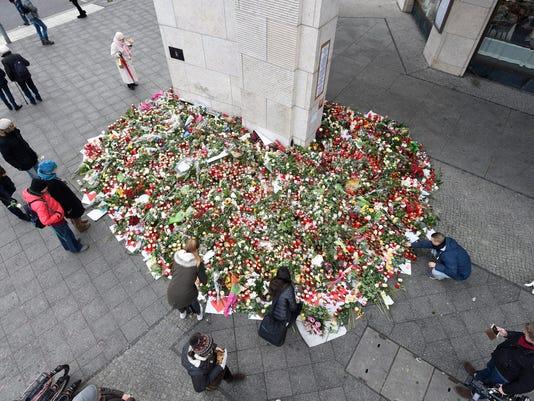 EPA EPASELECT GERMANY BERLIN ATTACK CHRISTMAS MARKET AFTERMATH WAR ACTS OF TERROR DEU