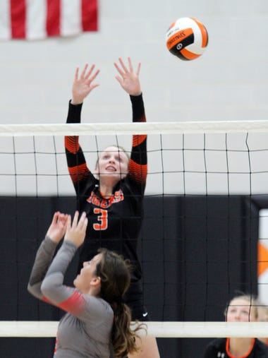 Grinnell Volleyball vs Newton