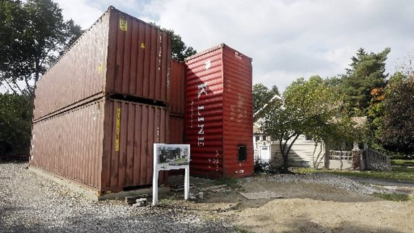 Royal oak house built with shipping containers - Container homes alberta ...