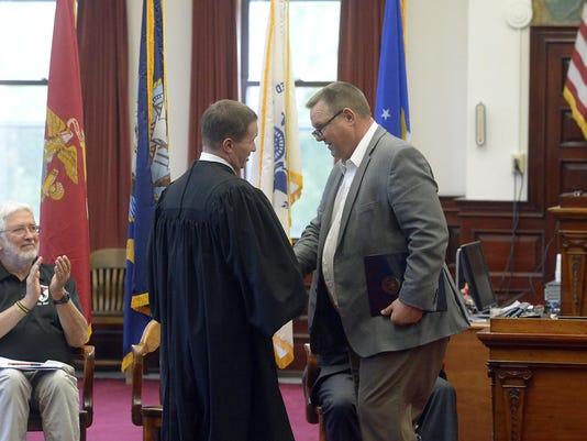 10092014_vets treatment court-d.jpg