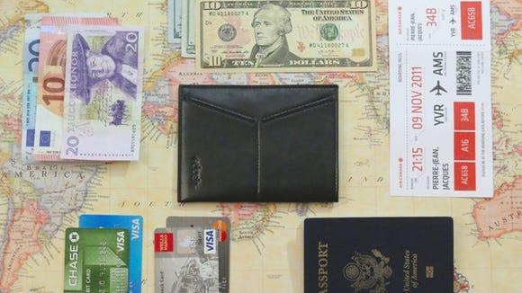 Dash Travel Wallet