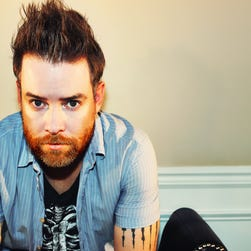 """David Cook is premiering his new single, """"Criminals,"""" at USA TODAY."""