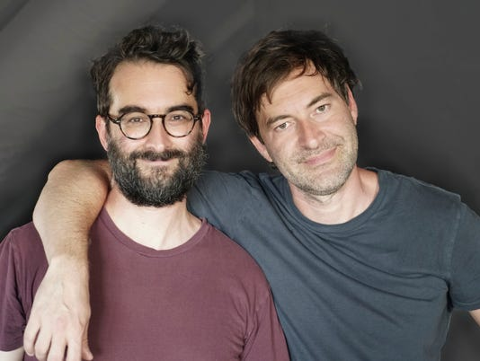 636612924808053013-Mark-Duplass-and-Jay-Duplass-Carissa-Dorson.jpg
