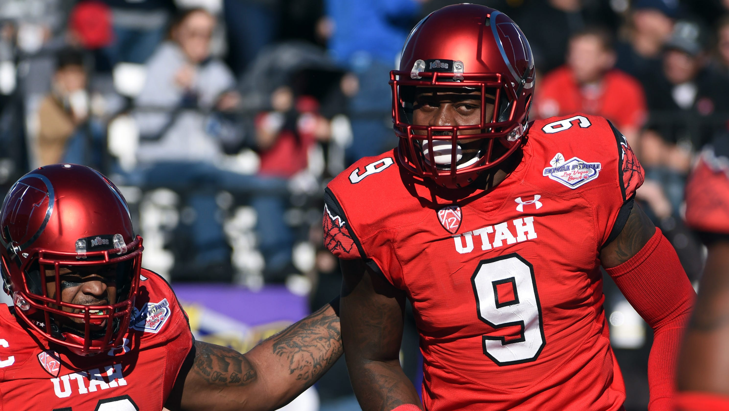 Utah scores on turnovers early, holds on to beat BYU in Las Vegas Bowl