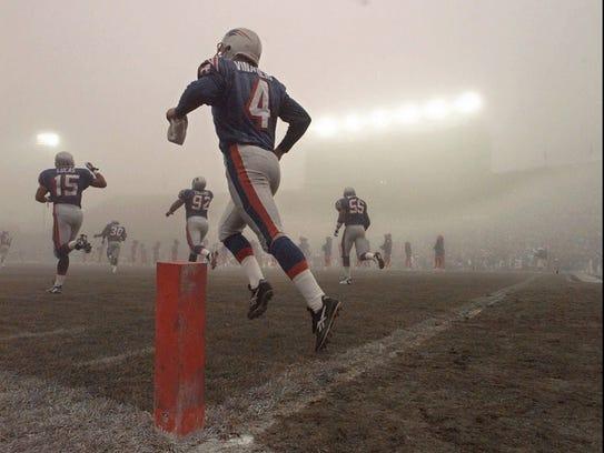 Former Patriots and current Colts kicker Adam Vinatieri