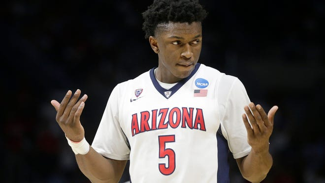 The Detroit Pistons have met with Arizona forward Stanley Johnson at the NBA Draft Combine.