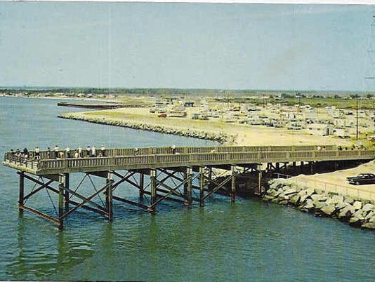 636215622341477087-1960-North-fishing-pier-from-old-bridge-1960-s.jpg
