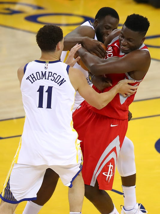Rockets_Warriors_Basketball_24441.jpg