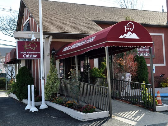 Toros offers a three-course lunch special Monday through
