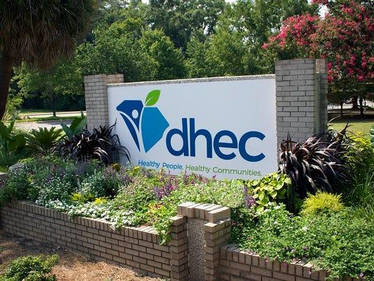 636096241484921697-DHEC-sign-2600.jpg