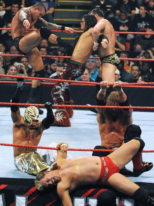 WWE-RAW-2009-07