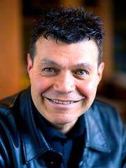 Ed Lopez-Soto, abogado principal del Distrito Escolar