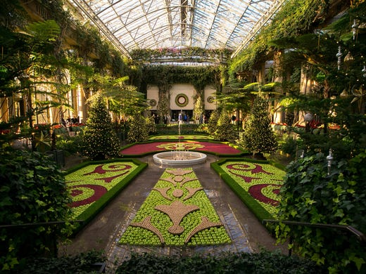 9 things not to miss at longwood gardens christmas