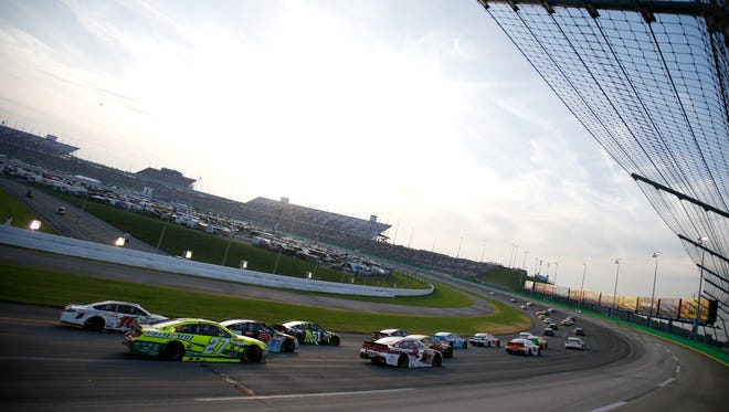 Todd Warshaw/Getty Images General view of the 2015 Quaker State 400 at Kentucky Speedway. General view of the 2015 Quaker State 400 at Kentucky Speedway.