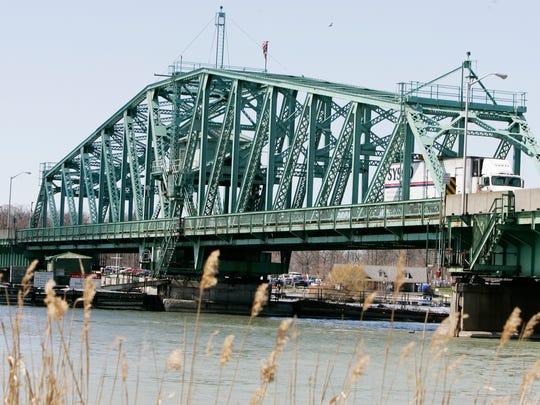 Grosse Ile's free bridge.